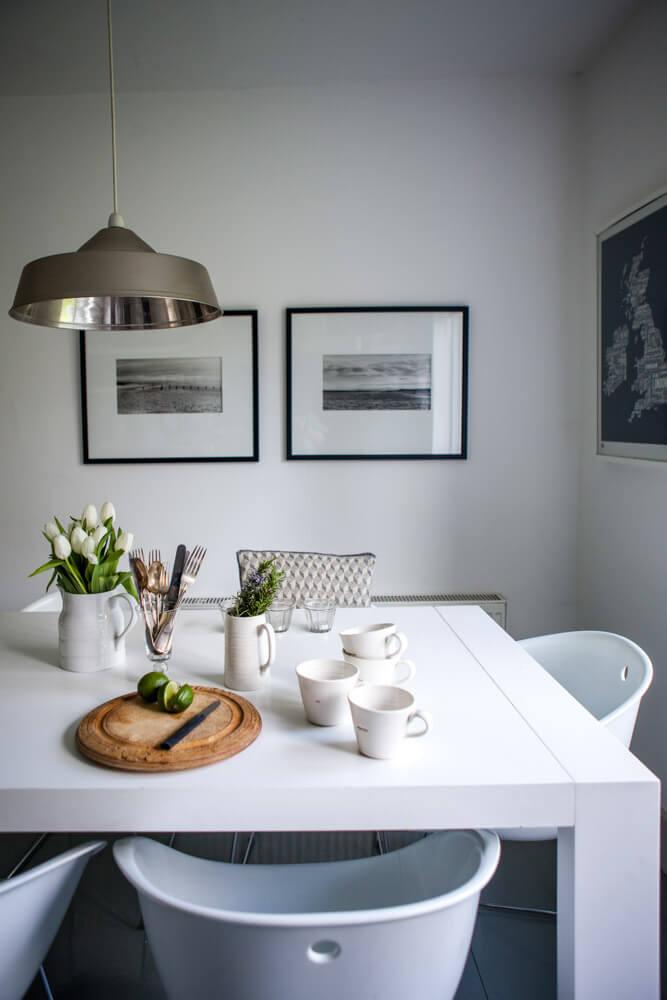 Interiors Photography Dorset-Lara Jane Thorpe- kitcheInteriors Photography Dorset-Lara Jane Thorpe- kitchen tablen table