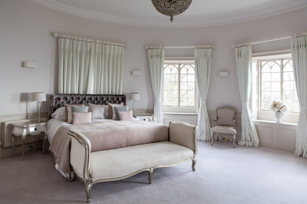 Lara Jane thorpe - commercial photography dorset -Bedroom Pen Castle