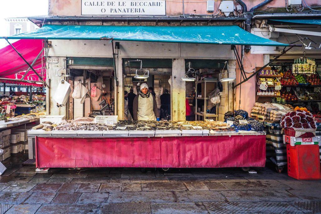 Market stall, Venice - Travel photographer