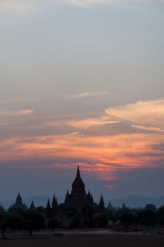 Sunset, Burma - Travel photographer