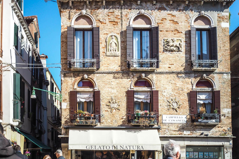 Venice,shop, travel photography